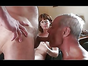 mature strapon threesome