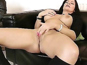 blowjob brunette chick hardcore juicy milf
