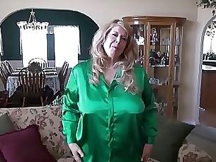 skirt milf anal ass mature masturbation upskirt