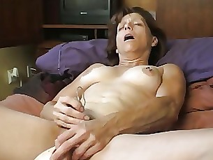amateur masturbation mature playing toys