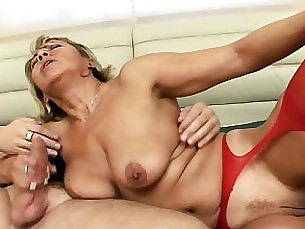blonde blowjob hardcore horny kiss mature oil pussy
