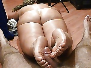 footjob fetish ass amateur milf nude foot-fetish