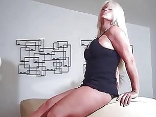 milf blonde ass