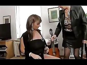 lesbian mature pornstar threesome