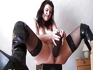 amateur black brunette dildo fetish kitty masturbation milf monster