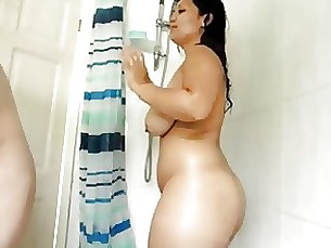 beauty fuck milf shower