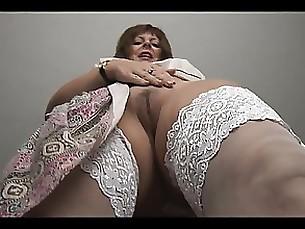 babe curvy mature milf solo striptease tease