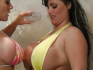 milf oil playing pornstar shower wet bikini blonde bus