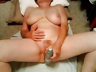 amateur granny hooker masturbation mature orgasm prostitut stunning