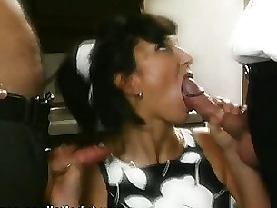 amateur blowjob brunette kiss milf wife