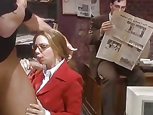 hidden-cam milf public secretary