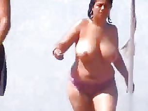 boobs mature big-tits beach amateur bbw