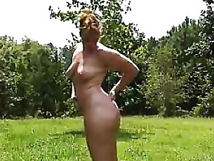 amateur ass chick curvy massage mature outdoor public solo