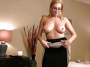 pov milf lingerie mammy upskirt skirt