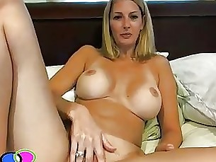 blonde masturbation milf solo