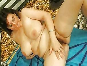 big-tits brunette cumshot bbw hairy masturbation milf solo