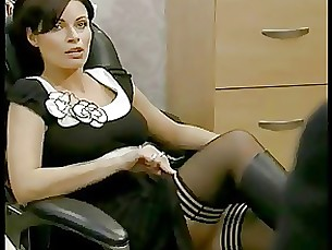 milf skirt stocking upskirt