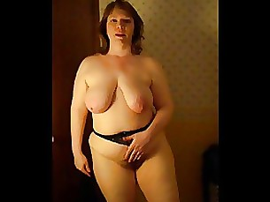 amateur bbw milf muff striptease
