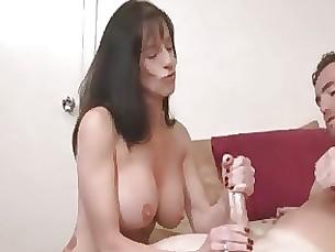 amateur babe big-tits boobs mammy milf funny