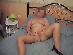 amateur milf mature masturbation