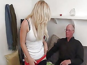babe cumshot daddy squirting blowjob