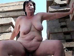 blowjob brunette double-penetration bbw granny hardcore hd little mature
