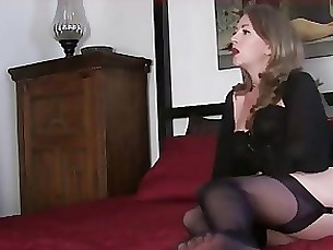 fetish foot-fetish mammy mature milf mistress