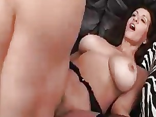 blowjob couch fuck hairy hardcore mature