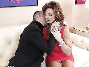 brunette hardcore mature squirting