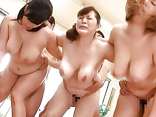 boobs japanese mammy milf playing