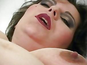 amateur cumshot mature pregnant sucking