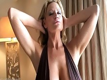 big-tits blonde boobs bus busty hot milf wife