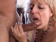 bbw cumshot cougar blowjob blonde amateur wife stunning oral