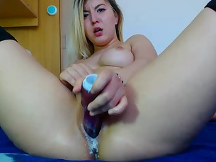 amateur masturbation mature model orgasm squirting toys webcam wet