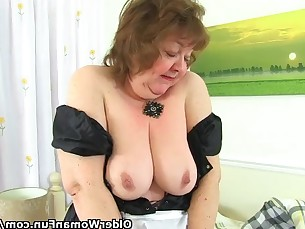 bbw granny mature milf nylon panties