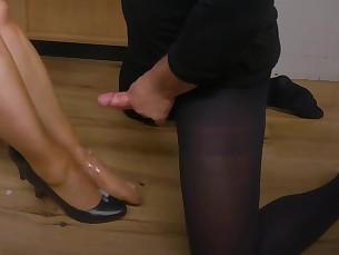 cumshot feet foot-fetish footjob high-heels hot lover masturbation milf