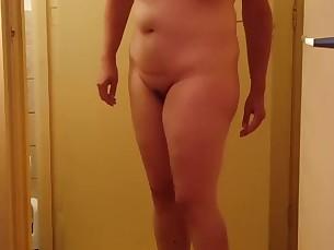 amateur ass babe big-tits boobs brunette mammy milf nude