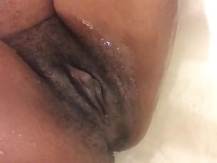 amateur big-tits black boobs brunette ebony bbw fatty fingering