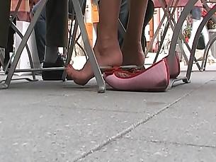 amateur feet foot-fetish high-heels mammy milf playing
