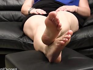 amateur car bbw fatty feet fetish foot-fetish kiss mature