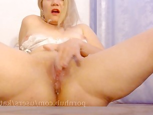 amateur beauty blonde close-up homemade kiss kitty masturbation milf