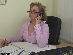 babe granny hot mature office pleasure pussy