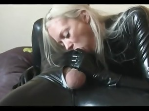 amateur blonde blowjob couple cumshot fetish handjob hot juicy