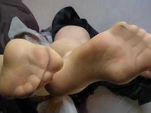 feet fetish foot-fetish mammy milf nylon panties solo