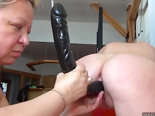 amateur bus busty bbw granny lesbian mammy masturbation mature