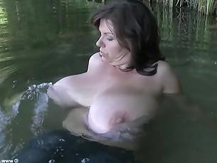 big-tits boobs brunette celeb milf