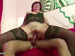 blowjob close-up cougar cumshot fuck hardcore hot mammy mature