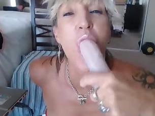 amateur dildo mammy masturbation milf nasty ride webcam
