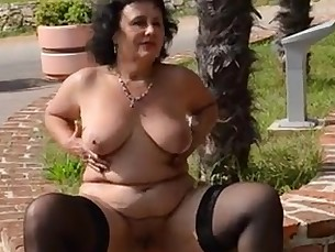 amateur ass cougar bbw mammy mature milf nude public