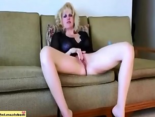 amateur babe blowjob cumshot dildo fuck hd masturbation milf